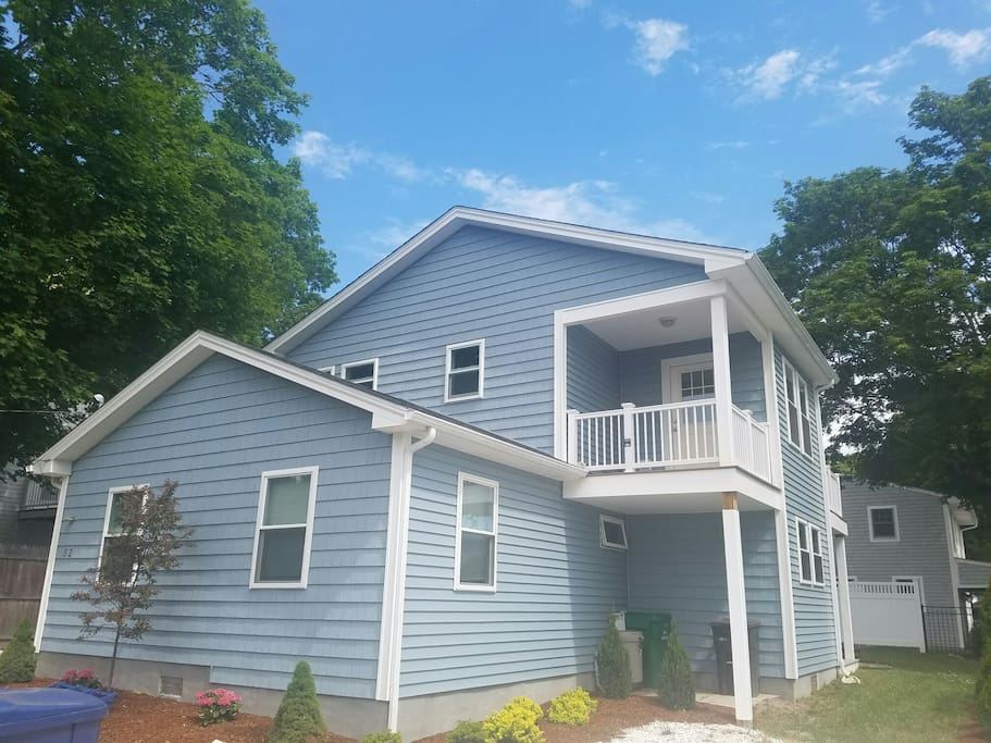 Rent a home 3 bedroom 2 bath houses for rent in south for Rhode island bath house