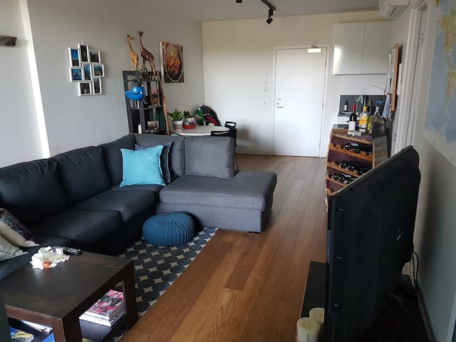 Fully furnished riverside apartment, close to CBD - Abbotsford - Leilighet