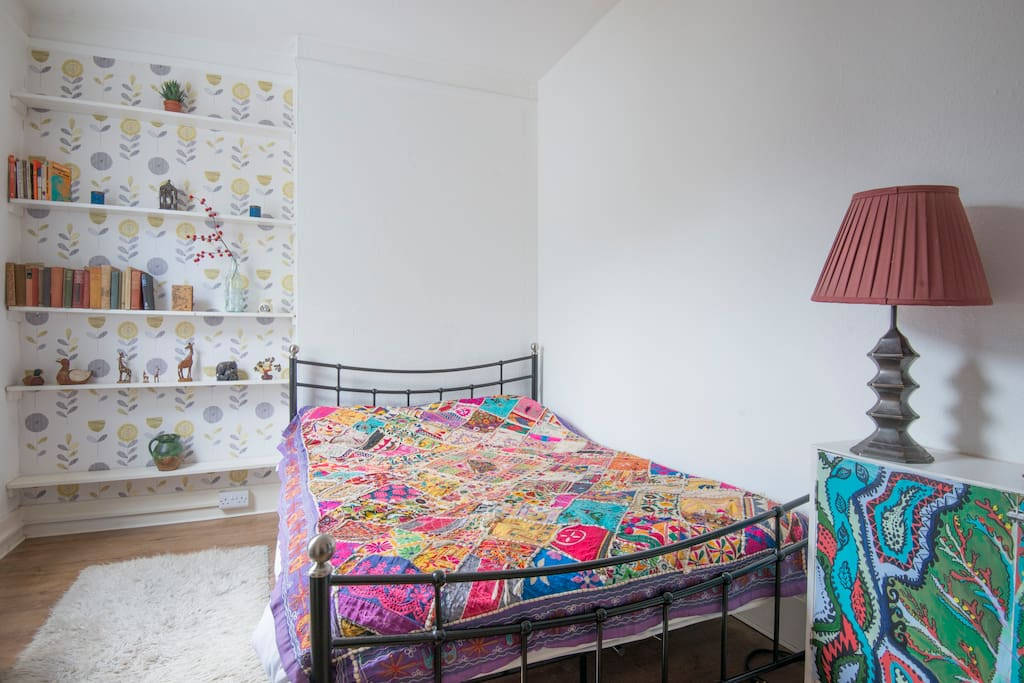 Quirky studio flat near brighton station apartamentos en - Apartamentos baratos en brighton ...