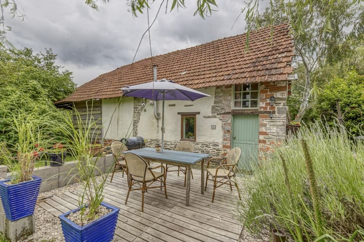 Cottage in Saint-Clair-sur-l'Elle with Garden and Barbecue