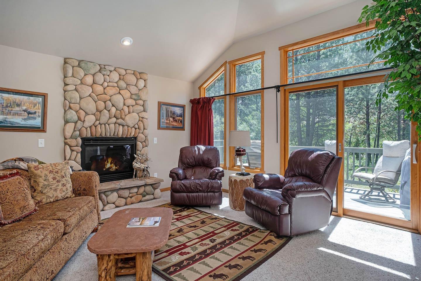 Park River Retreat -- EV #3423 - a SkyRun Estes Park Property -