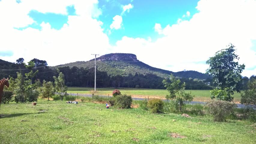 Sunshine Coast, queen room, own bathroom, views