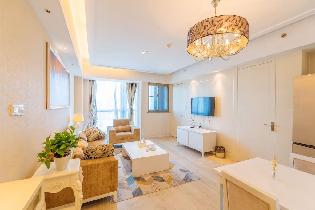 超大的客厅