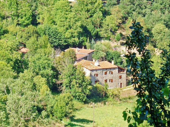 House with 2 bedrooms in Saint-Basile, with wonderful mountain view and furnished garden - 7 km from the beach