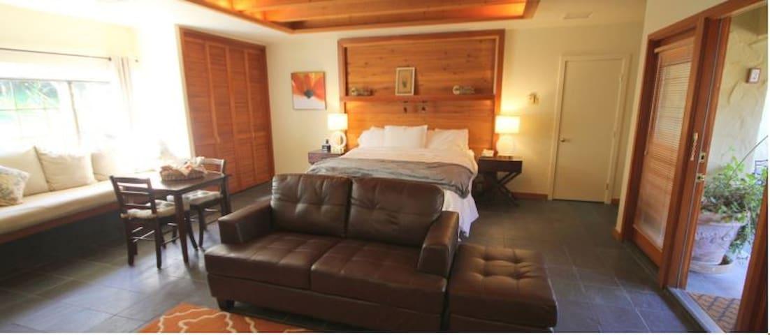 Sonoma Coast Villa Room #2