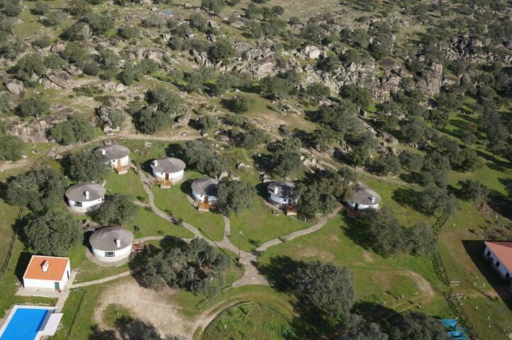 Los Chozos de la Roca (Poleo) - La Roca de la Sierra - House