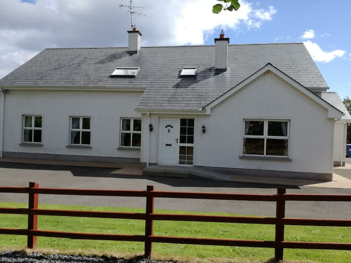 Erne Villa  3 Star Self Catering Accommodation