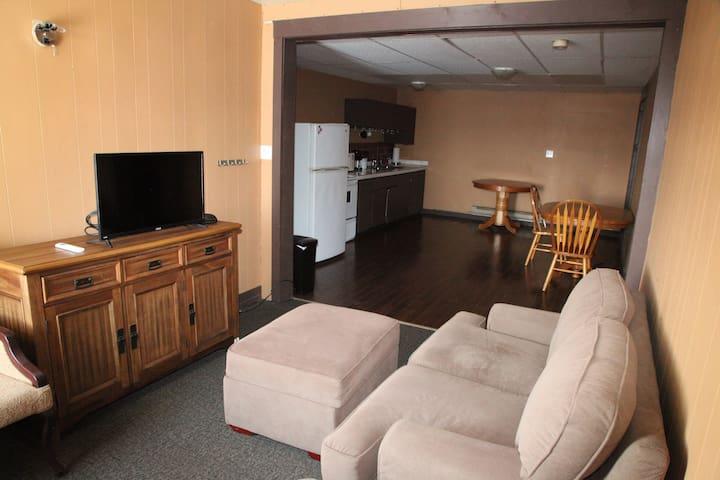 Legendary King Edward Hotel 2 Bedroom Suite
