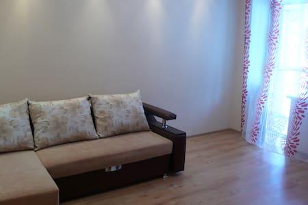 Учебная 7/1 - Томск - Apartamento