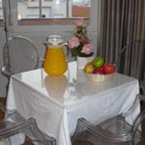 Capital Quarto - Lisboa - Bed & Breakfast