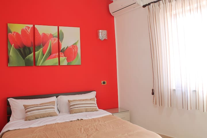 B&B Vesuvio Smiling Tulipano - Ercolano - Bed & Breakfast