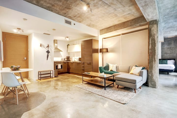 Modern Living in Industrial Loft Studio