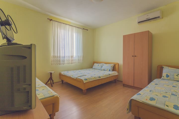 Comfort Apartment with Sea and City View Dabovic - Stari Bar