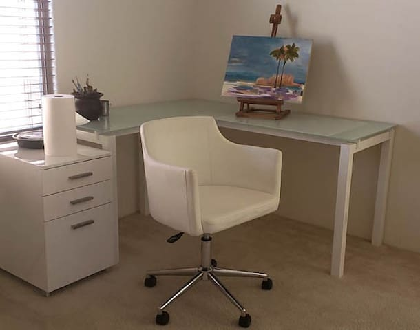 3rd Bedroom Desk
