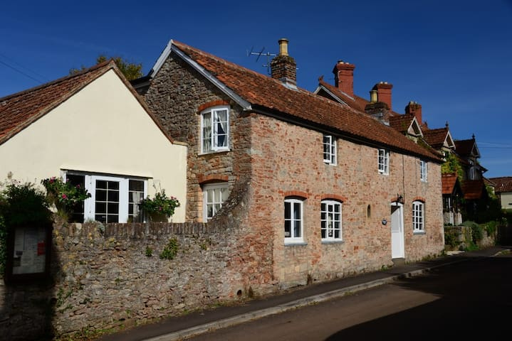 The Blue Room at Middle Farm Cottage