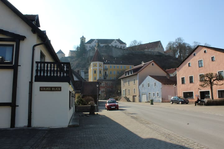 Doppelzimmer im idyllischen Ortsteil Möhren - Treuchtlingen - Guesthouse