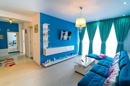 Colorful Apartment cazare in Mamaia Nord