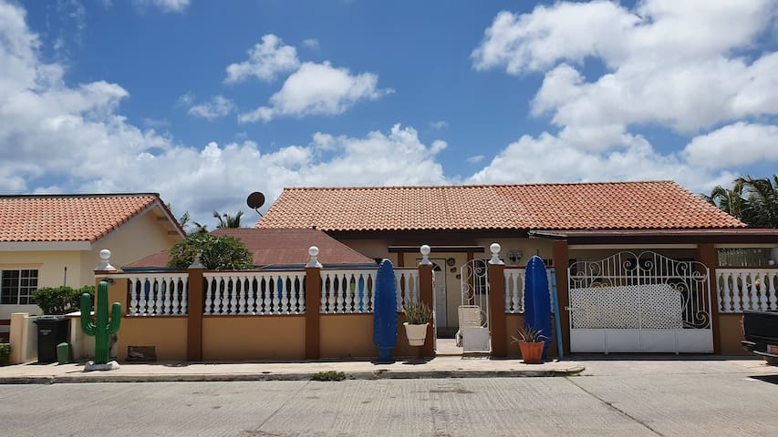 Posada Sanbarbola 3 / Sanbarbola Inn 3