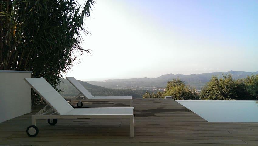 Grands espaces - Santa Cristina d'Aro - House