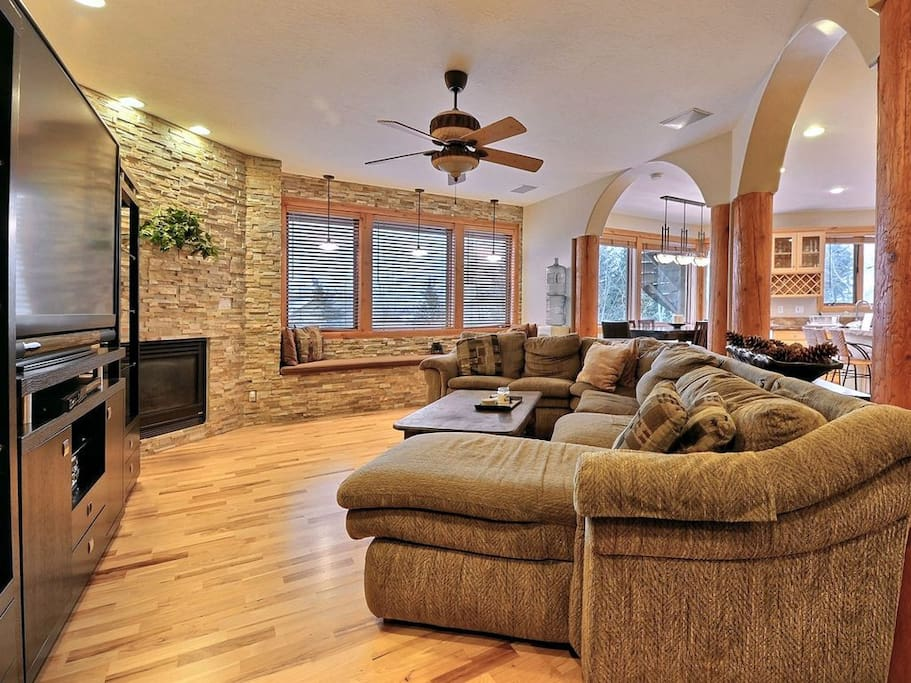 Great Room with Fireplace and 70 inch TV