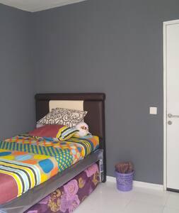 fairchild room - tangerang - Lägenhet