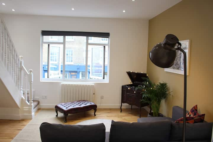 ;-) 2 bed CAMDEN, check it out !!!