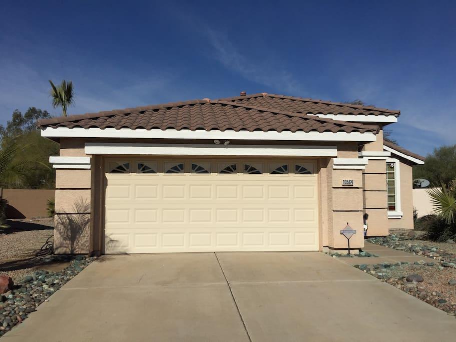 Glendale retreat houses for rent in glendale arizona for Glendale house