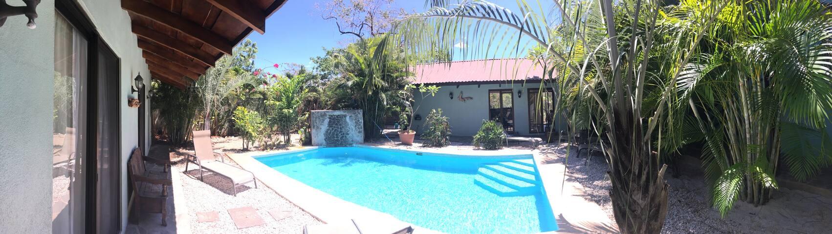 StoneHouse Playa Negra -Junquillal/Playa Negra