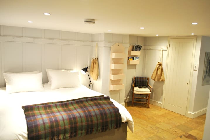 The Carriage House Mews - Stylish Self Catering - Bath - Altres
