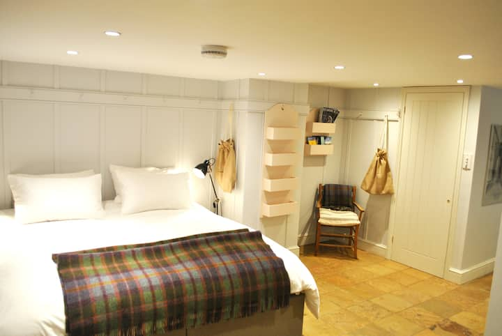 The Garden Mews - Stylish Self Catering
