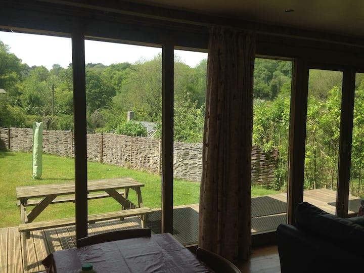 Hideaway - near Lyme Regis, 2 bedroom lodge