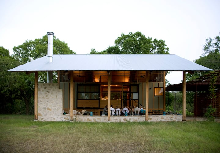 The Sisterdale Cabin:  A Guadalupe River Retreat