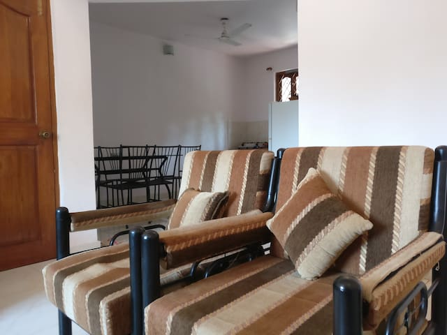 Modest 2 BHK Apartment @ Varca - Varca - Huoneisto