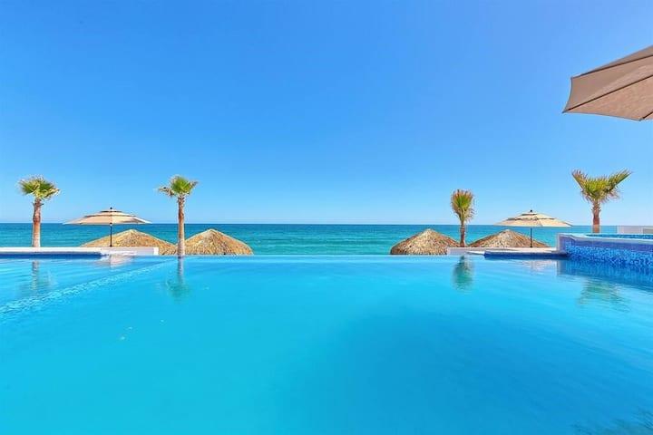 Luxury Beachfront Six Palms Villas # 3. Playa Encanto