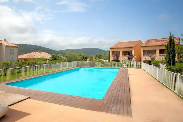 Appartement T2 pour 4 pers résidence avec piscine