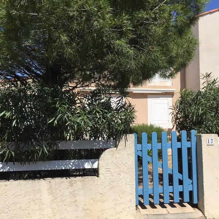 Maison au calme vue sur Méditerranée