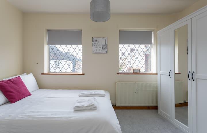 Bath Road (H2 Room 2)