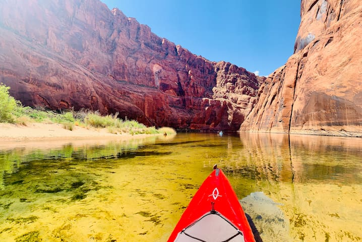 Perfect Location - The Lake Powell Adventure House