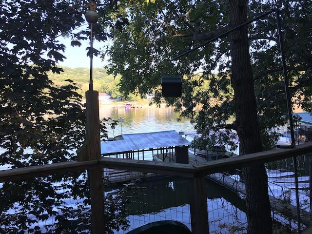 Lake of the Ozarks Playground - Sunrise Beach - Haus