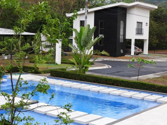 New 4 Bedroom Home in Jaco Gated Community
