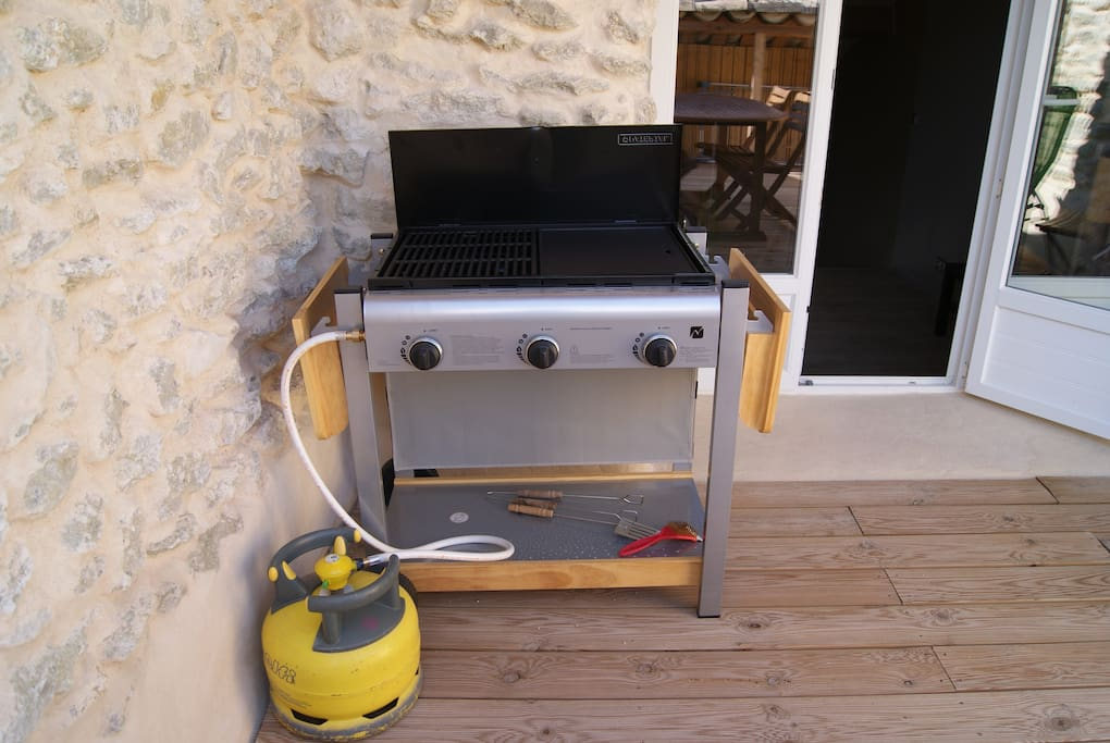 plancha / barbecue sur la terrasse