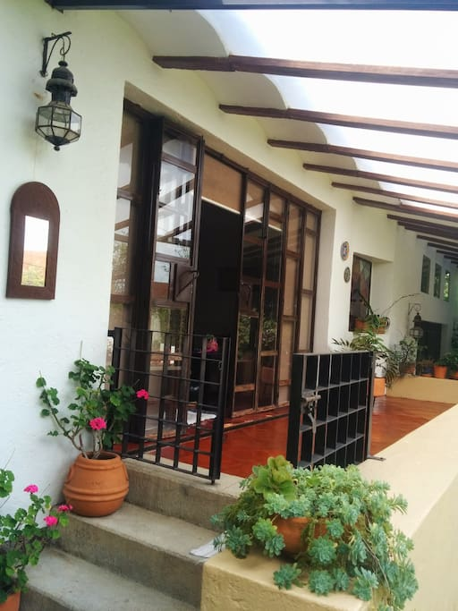 Terraza, acceso a la casa