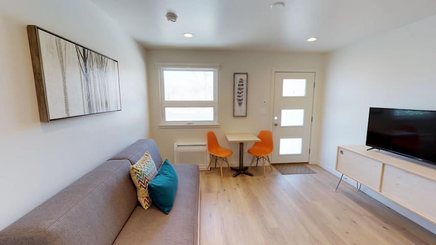 Slot Canyon, Unit C, Luxury Condo In Downtown Moab Perfect For All Adventurers  - Slot Canyon C