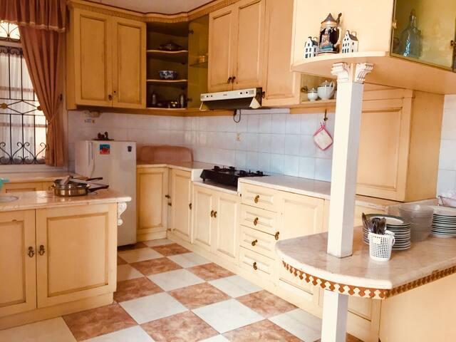 Dapur yang leluasa untuk masak