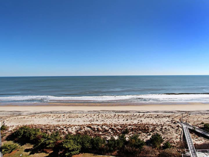 1206N: Updated 3BR Sea Colony Corner Oceanfront Condo!  Beach, pools, tennis ...