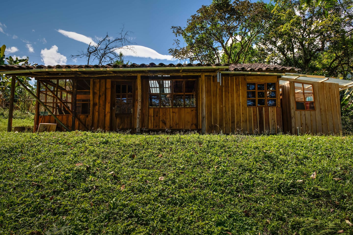 Three bedroom cabin with two tile lined bathrooms.