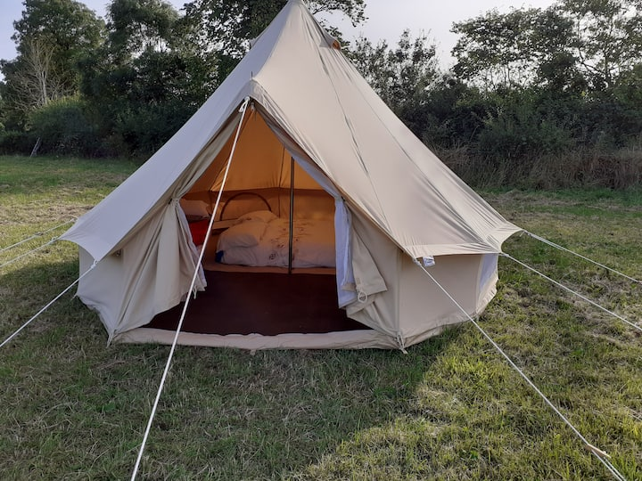 4m bell tent with bedding