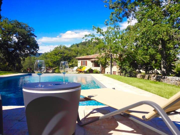 Fantastic Chianti Villa sleeps 10