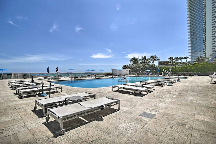 NEW! Marco Polo Beach Resort Studio w/ Ocean Views