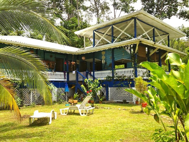 NEW! Perfect Beach & Jungle House - Cocles - Casa